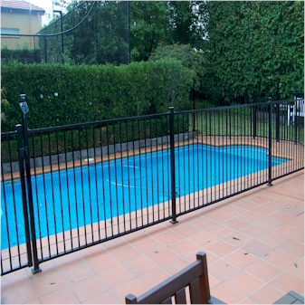 pool fence installation - Pool Fence Installation